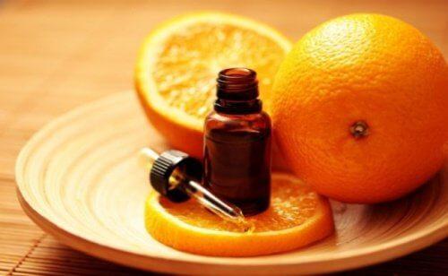 L'huile d'orange pour soigner les mycoses aux ongles