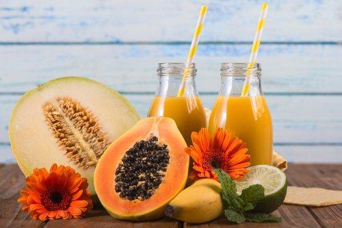 jus de melon, ananas et papaye