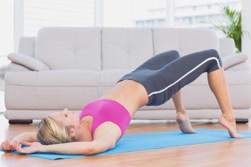 lever du bassin un excercice qui peut faire grandir le corps