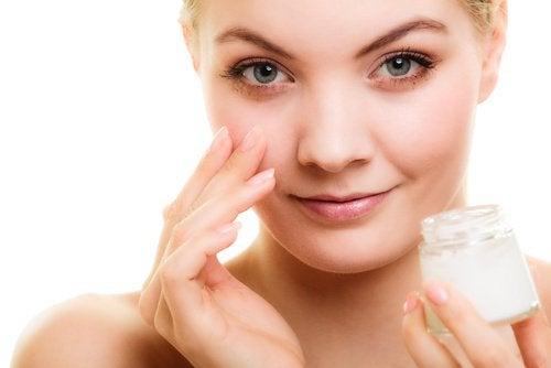 5 conseils pour prévenir les rides du contour des yeux
