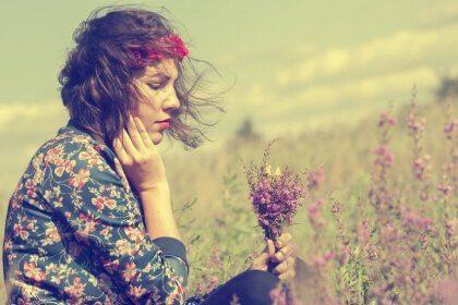 femme-fleurs-2-