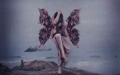 Ouvrir ses ailes face au précipice.