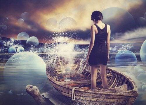 Femme-sur-une-barque-500x359