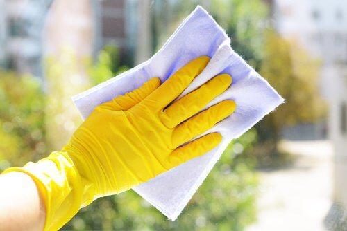 Le bicarbonate pour faire le ménage.