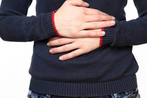 La douleur à l'entrée de l'estomac : les causes