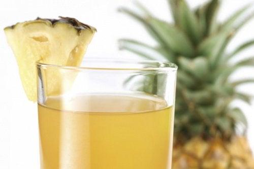 Préparer l'au à l'ananas.