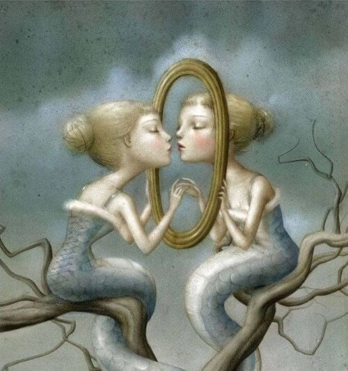 Scene-symbolique-femme-devant-un-miroir-500x533