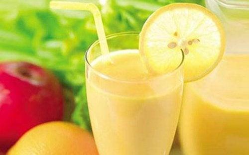 Le jus de pomme, citron et pamplemousse pour perdre du poids