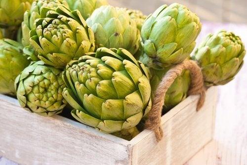 Diminuer vos taux de glycémie, cholestérol et acide urique avec l'eau d'artichaut