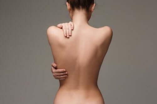 Les astuces pour avoir un joli dos sans acné