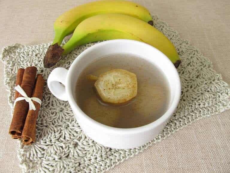 Une infusion à la banane et à la cannelle pour bien dormir