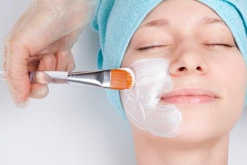 Rajeunissez votre visage avec ces masques faciaux