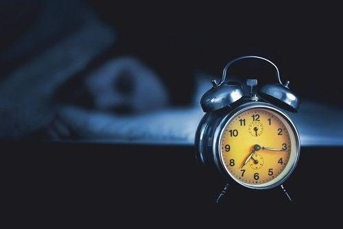 Les meilleures herbes pour dormir toute la nuit am liore ta sant - Quel point cardinal pour dormir ...