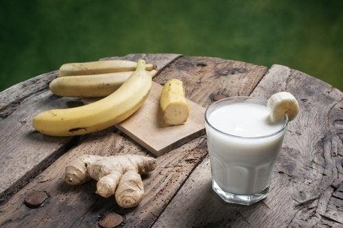 smoothie-a-la-banane-500x332