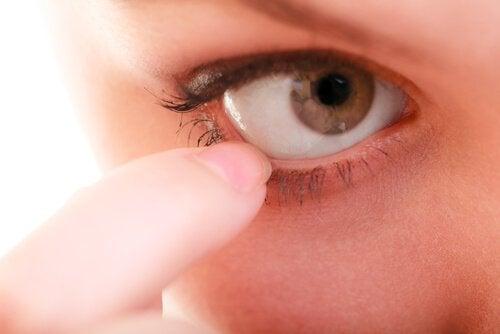 Découvrez le syndrome des yeux secs.