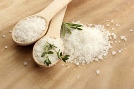 Deux cuillères de sel