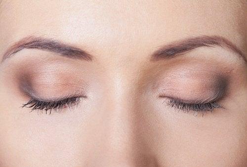 Augmenter-volume-des-yeux-500x338