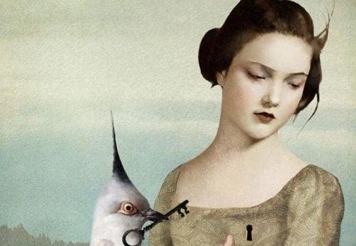 Femme-serrure-sur-la-poitrine-500x346