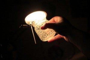 Comment faire un flacon lumineux avec de la peinture : étape 4