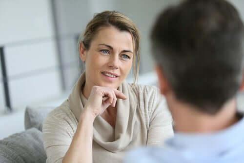 7 règles qui vous aideront à communiquer avec un manipulateur