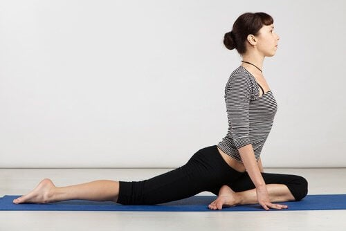 Yoga contre la sciatique.