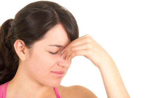 Astuces et traitements naturels pour la sinusite