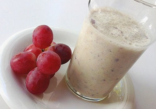 Un smoothie à l'avoine et aux raisins pour prendre soin de votre cœur