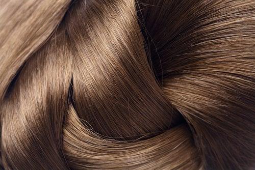Cheveux-brillants-500x334