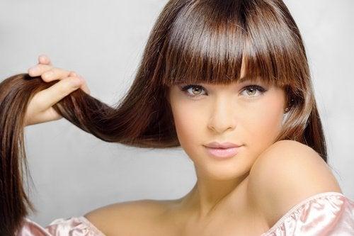 Comment-stimuler-ses-cheveux-500x333