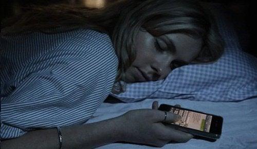 Pourquoi devrions-nous éteindre le Wi-Fi avant d'aller nous coucher ?