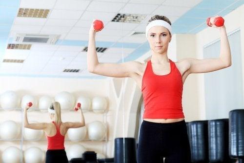 Faites des exercices ciblés pour les seins.