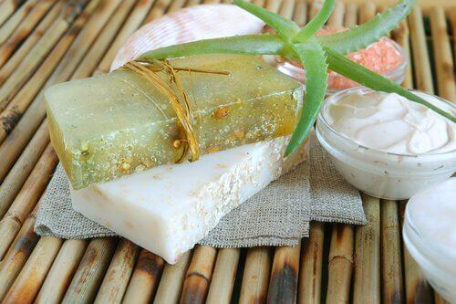Comment faire un savon à l'aloe vera à l'effet hydratant