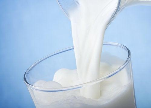 Le lait pour éliminer les cicatrices.