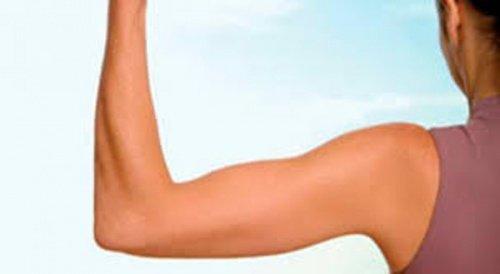 6 exercices efficaces pour fortifier vos bras et éliminer la graisse