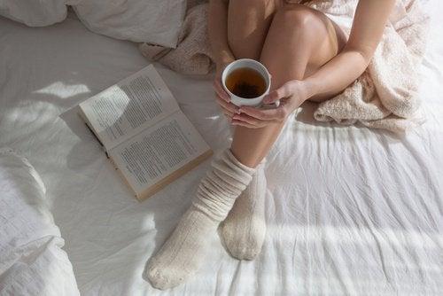 dormir avec des chaussettes: garder la bonne température