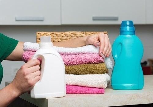 Les adoucissant pour les serviettes de toilette.