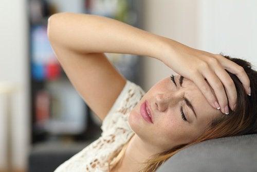 Les douleurs à droit au côté du dos à linspiration
