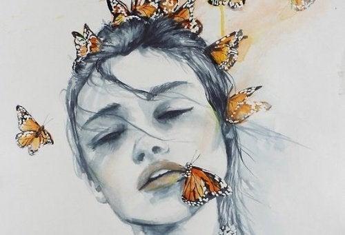 Femme-papillons-1-500x341