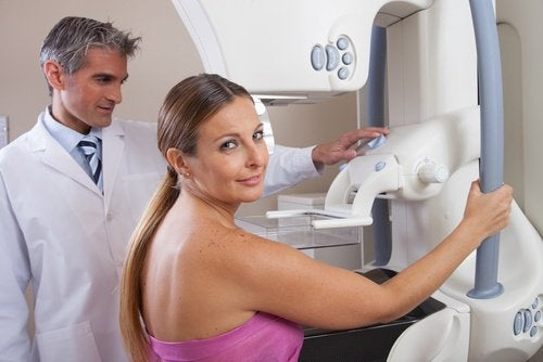 Mamographie-apres-menopause-500x334