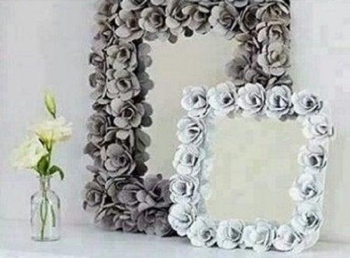 Miroir-decore-boites-a-œufs-500x368