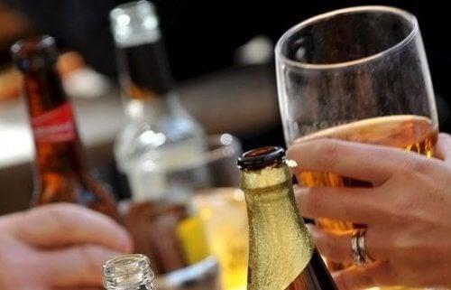 L'alcool et l'inflammation.