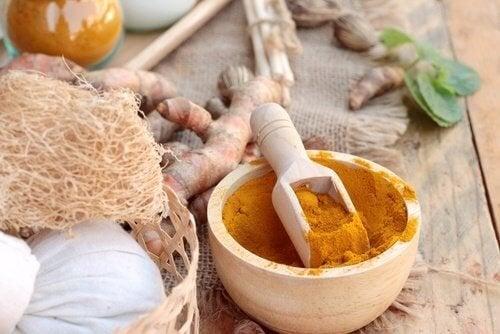 Les vertus du curcuma au miel sont nombreuses.
