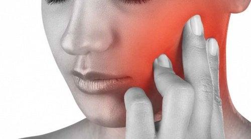 Avez-vous déjà souffert d'une douleur de mâchoire ?