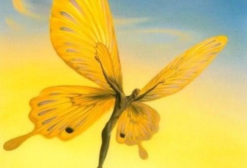 homme-papillon-500x341