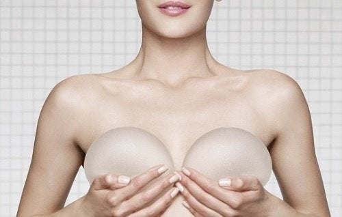 implants-mammaires-1-500x318