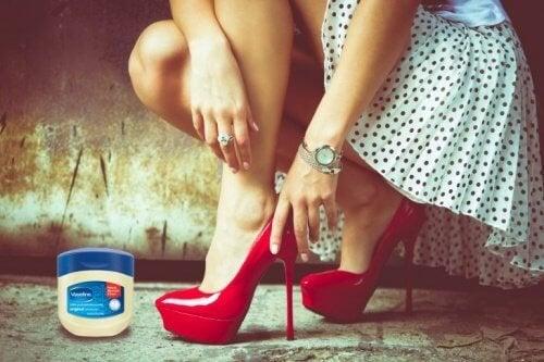 Vaseline pour les chaussures.