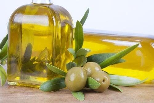 L'huile d'olive aide à protéger le foie contre les effets de l'alcool.