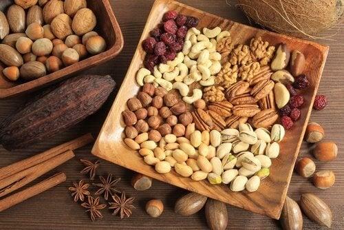 laxatifs doux  : fruits à coque