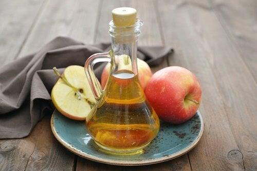 Luttez contre l'acidité gastrique avec du vinaigre.