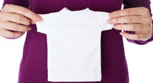 5 astuces pour redonner leur taille originelle à vos vêtements rétrécis